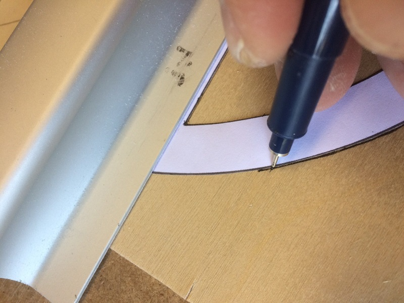 039 tracing template tip centers onto 0.8mm ply.jpg
