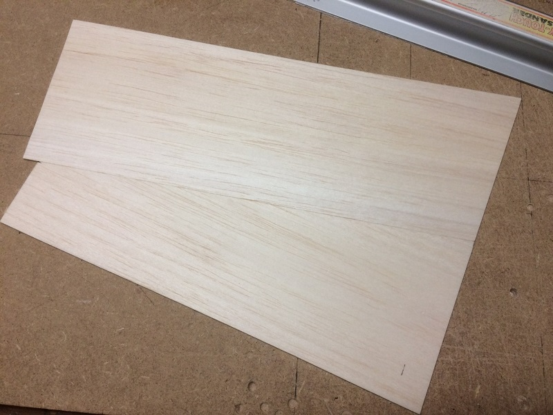 136 glueing two 1.5mm balsa sheets side to side.jpg