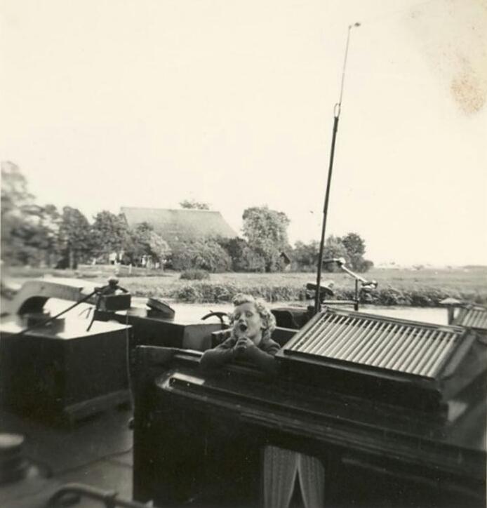 1954 Derk-1.jpg