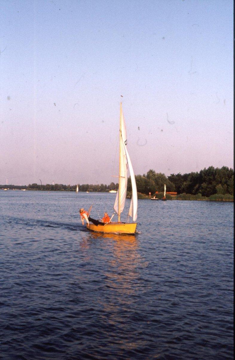 1982 Schakel Brielse Meer.jpg