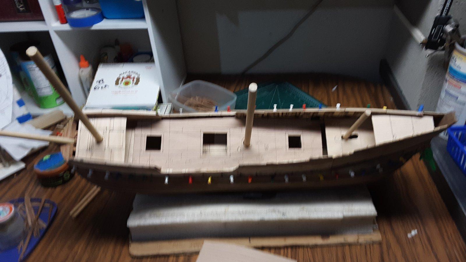 246 Fluit, Zeehaen mast & deck position.jpg