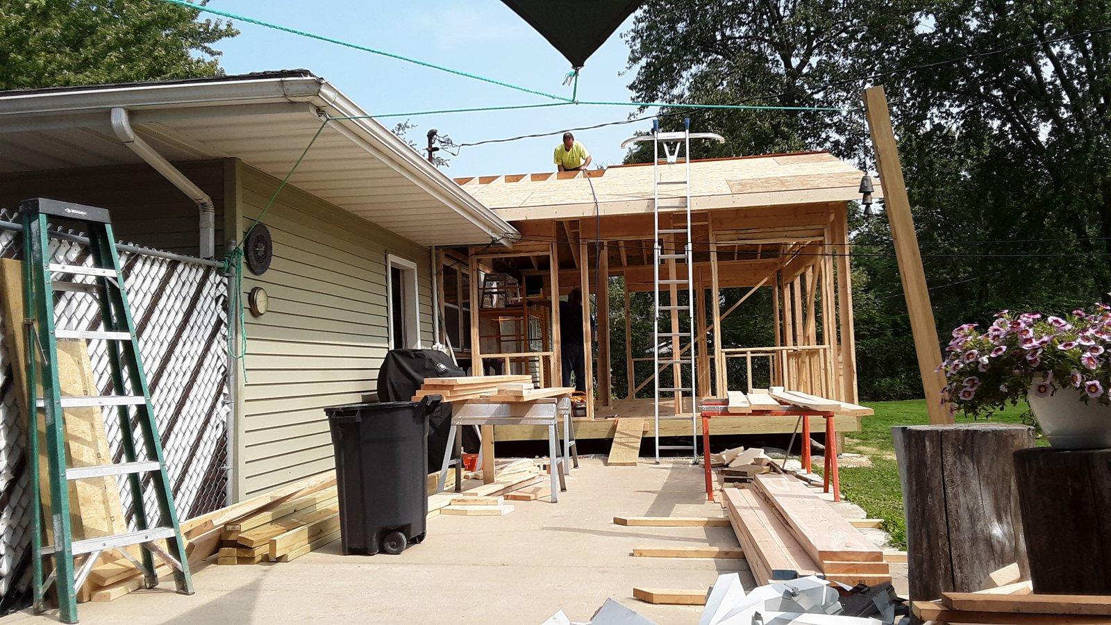 Construction 3 season room 1.jpg