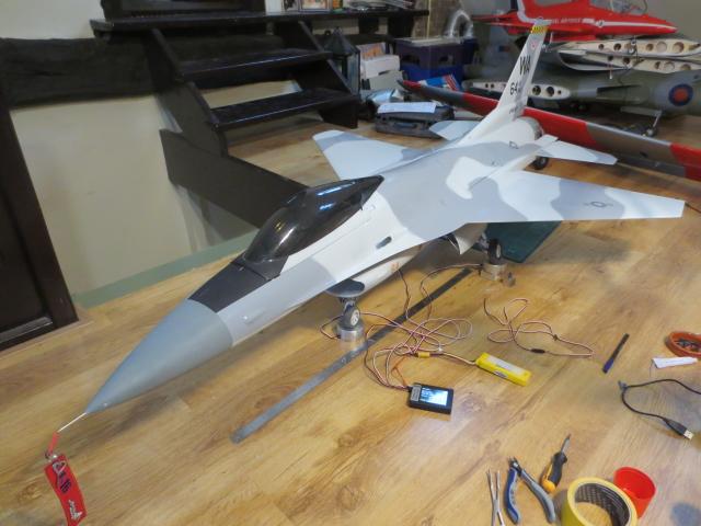 F16 aanzicht schuin-boven.jpg