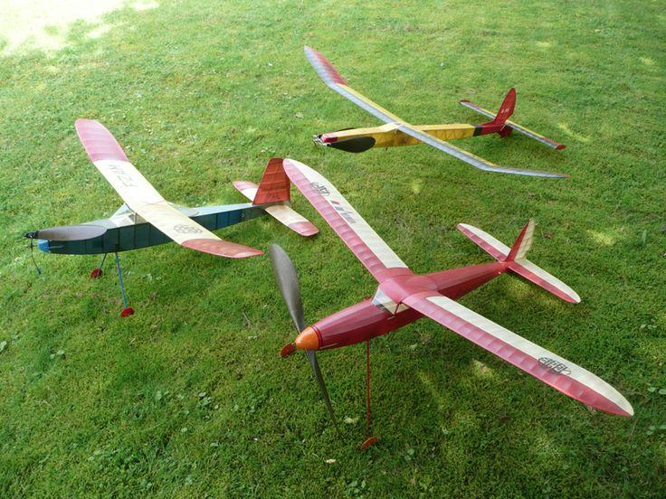f6ced43c795416f20a36d6f93b991089--model-airplanes-aeroplanes.jpg