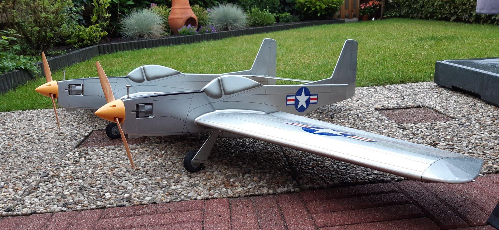 F82B-2.jpg
