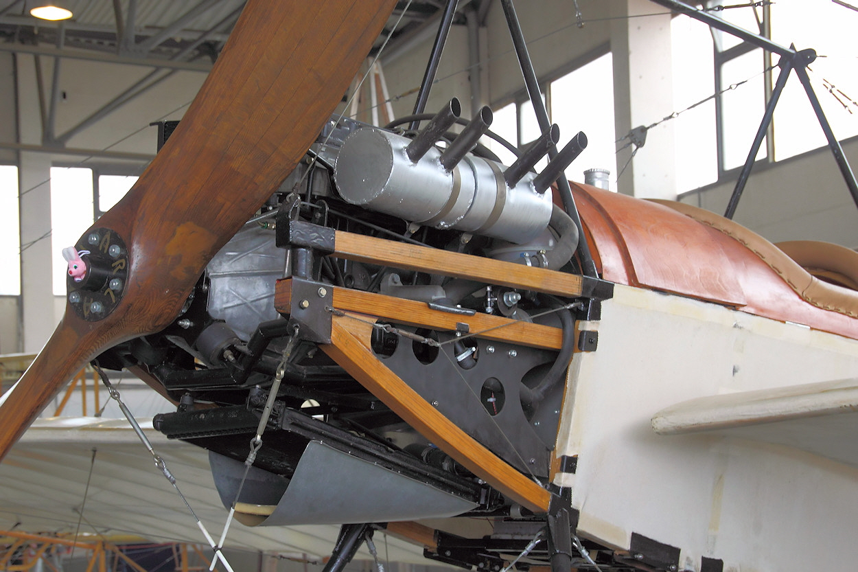 Harlan-Eindecker---Motor.jpg