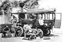 La_Nouvelle,_voiture_Amédée_Bollée_de_1880,_ici_au_retour_de_Paris-Bordeaux-Paris_en_1895.jpeg