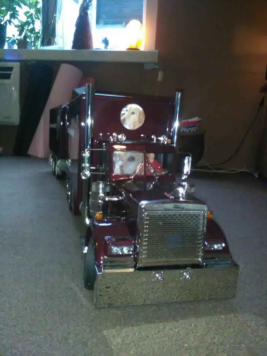 sam trucking 4.jpg