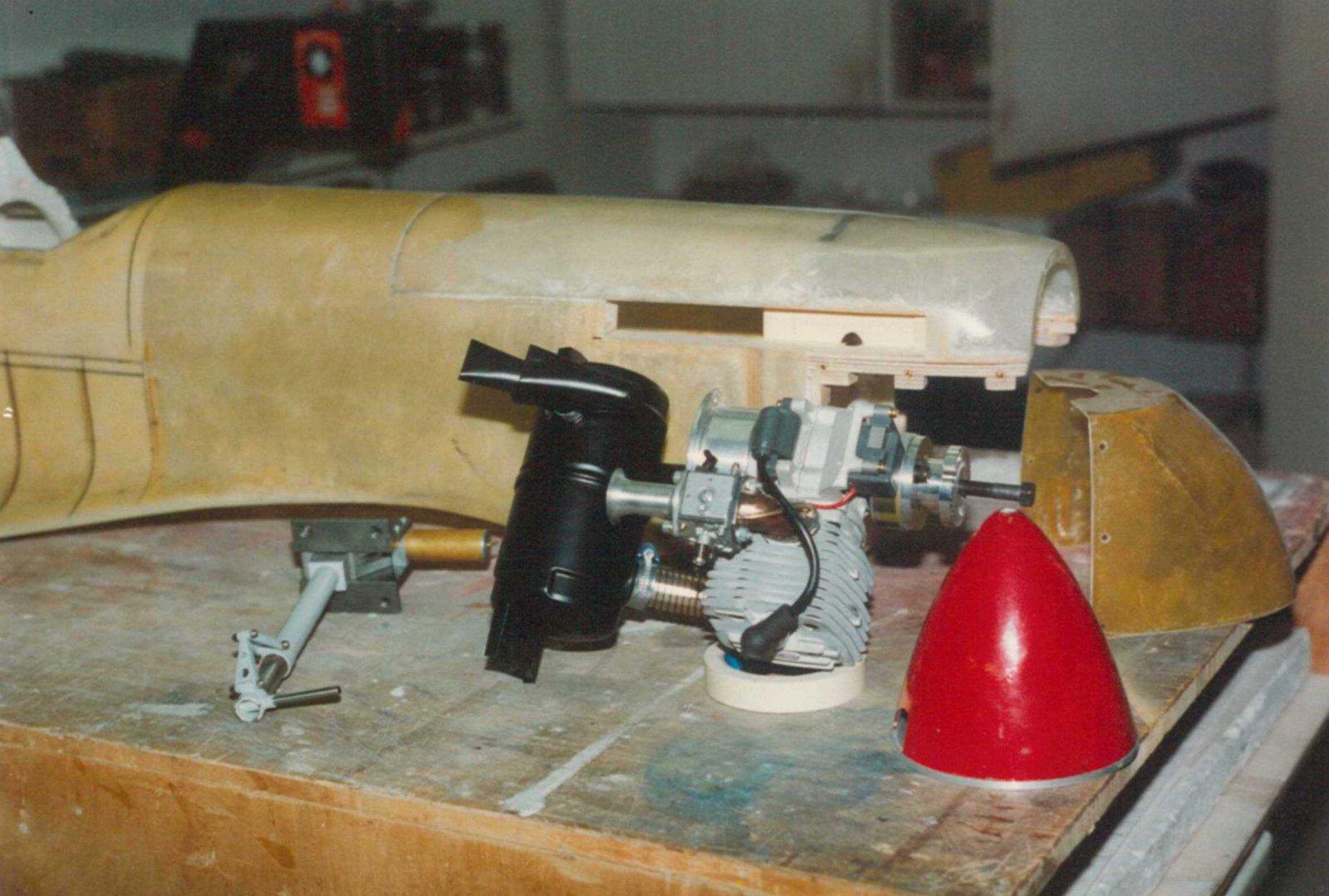 Spit-MkIX-1995-ZG62.jpg