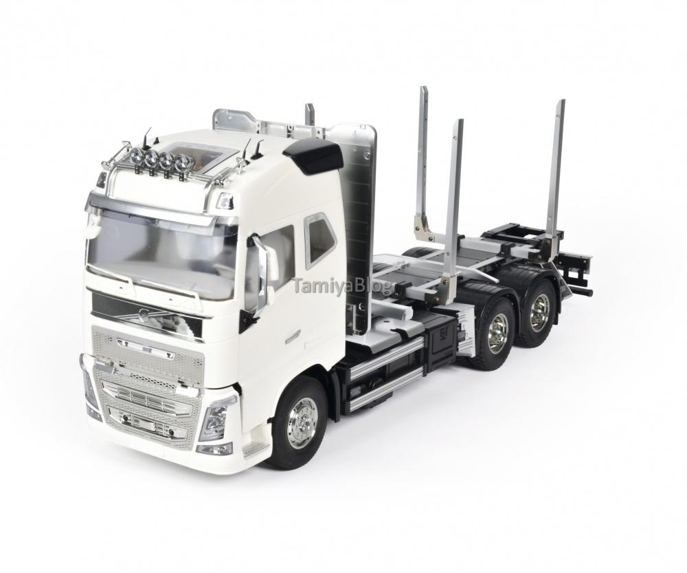 Tamiya-56360-Volvo-FH16-Globetrotter-750-6x4-Timber-3.jpg