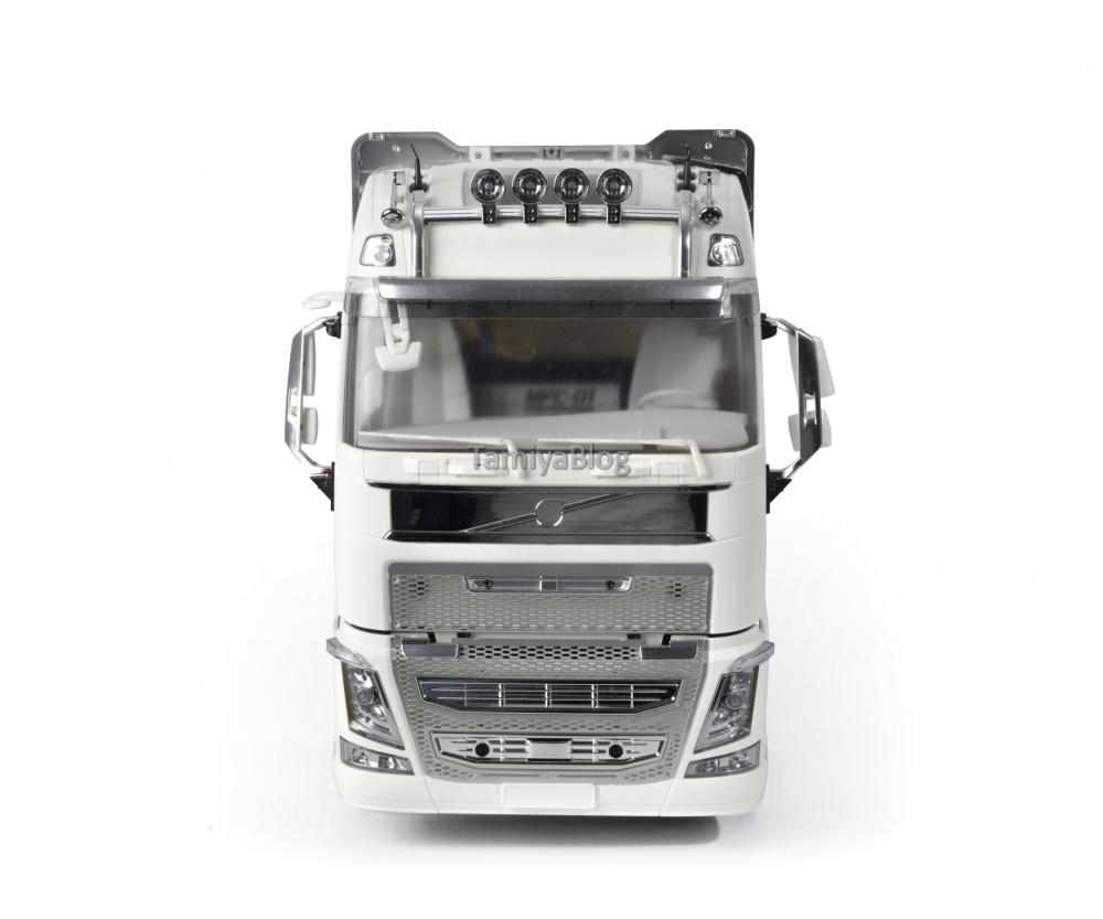 Tamiya-56360-Volvo-FH16-Globetrotter-750-6x4-Timber-4.jpg