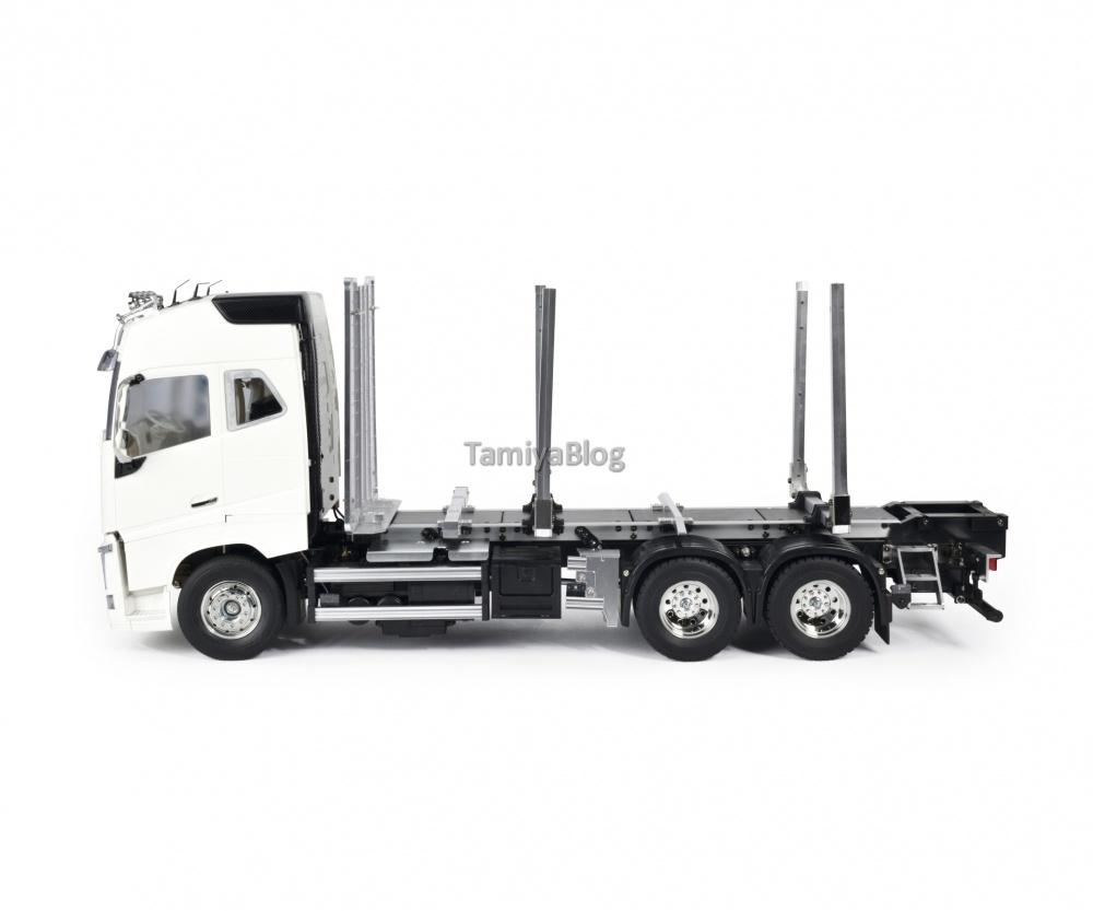 Tamiya-56360-Volvo-FH16-Globetrotter-750-6x4-Timber-5.jpg