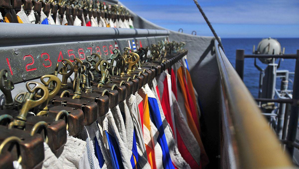 US_Navy_USS_Bunker_Hill.jpg